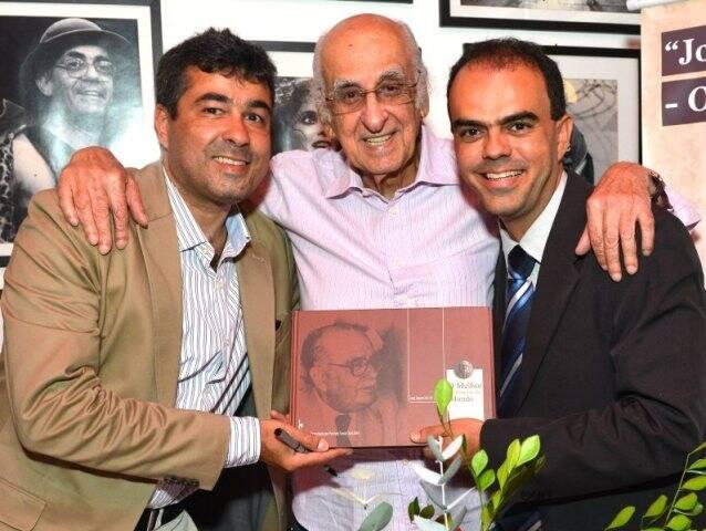 José Fernando Aparecido de Oliveira, Zuenir Ventura e Petrônio Souza Gonçalves