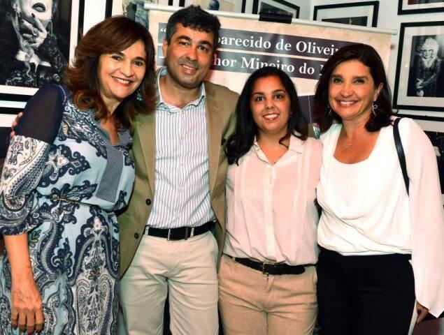 Rejane Guerra, José Fernando de Oliveira, Maria Cecília de Oliveira e Rosara Oliveira Maneira