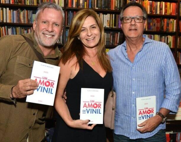 Cédric Gottesmann, Naura Schneider e Paulo Roberto Direito