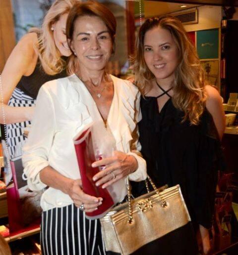 Leila e Carla Paredes