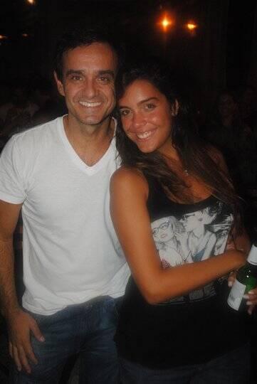 Rodrigo Mendonça e uma amiga