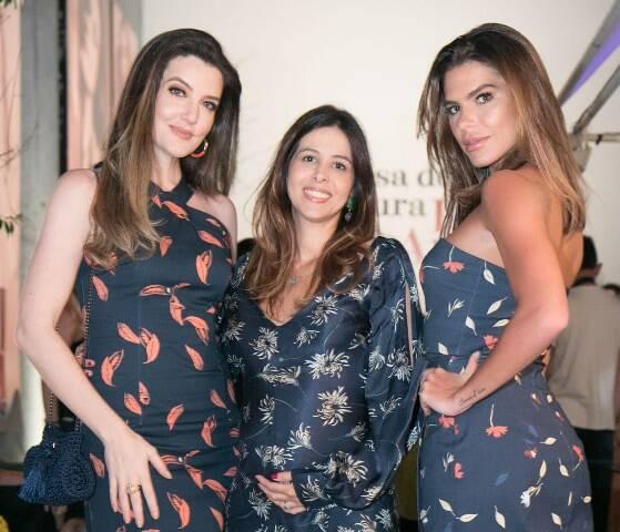 Larissa Maciel, Roberta Ribeiro Fuser e Mariana Goldfarb