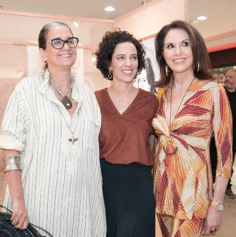 Emilia Duncan, Mariana Lima e Regina Martelli
