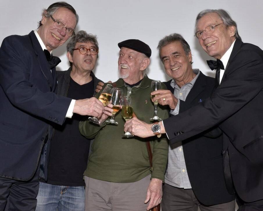 Cartunistas reunidos: Paulo Caruso, Aroeira, Jaguar, Miguel Paiva e Chico Caruso /Foto: Cristina Granato