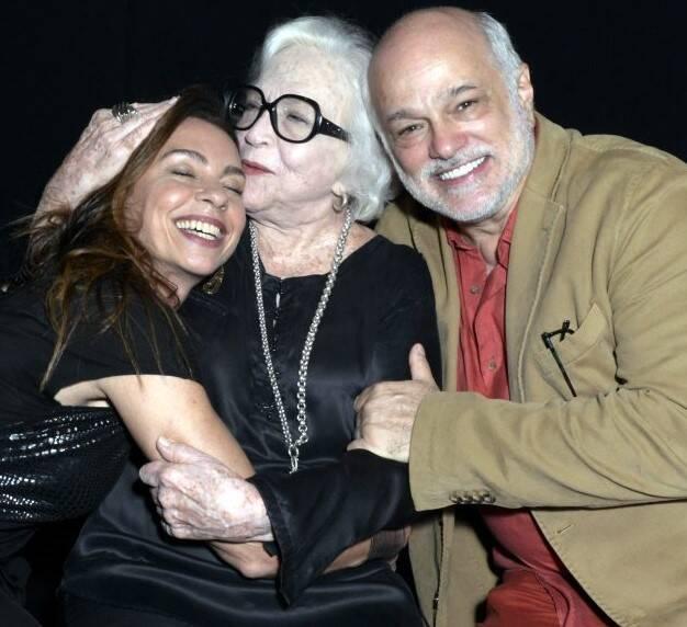 Carla Marins,  Nathalia Timberg e  Jaime Periard  /Foto: Cristina Granato
