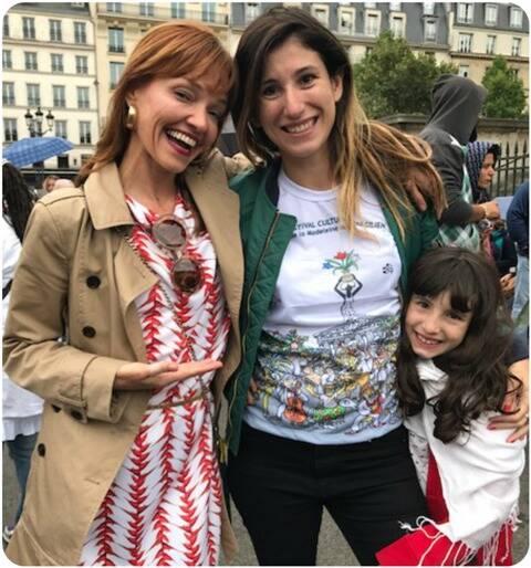 Lilli Kesler, Paula Saady e sua filhinha Gala