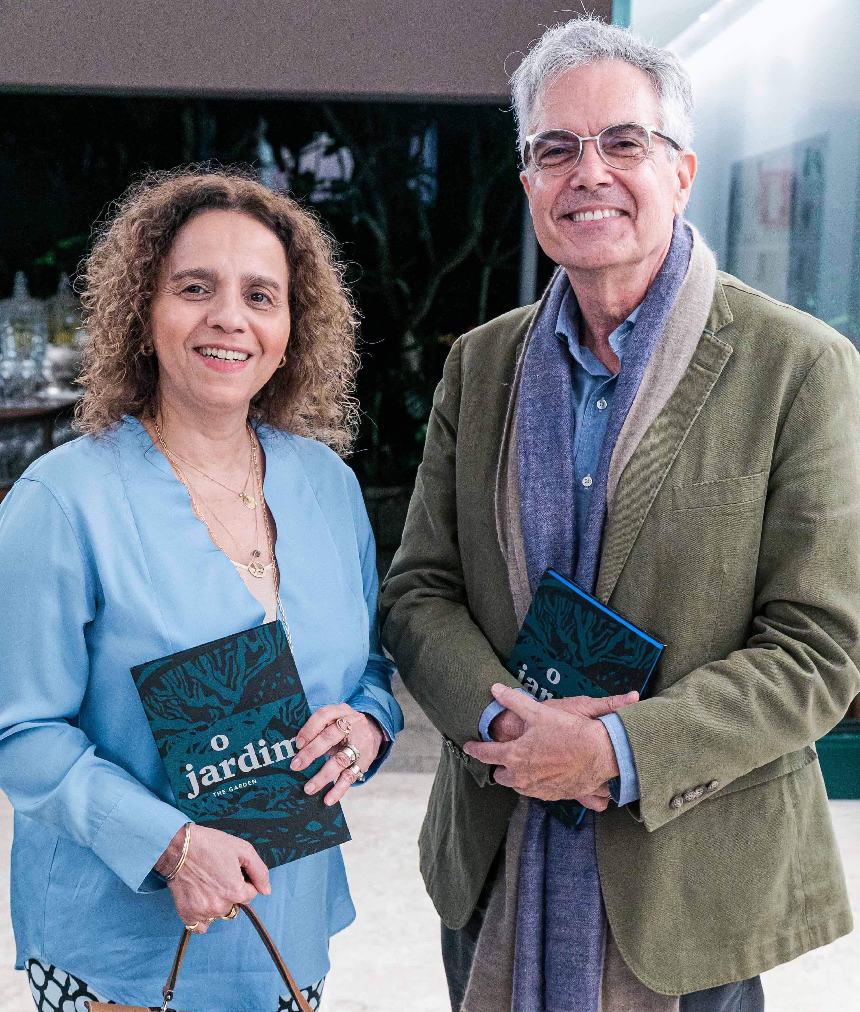 Beatriz Milhazes e Lauro Cavalcanti / Foto: Miguel Sá