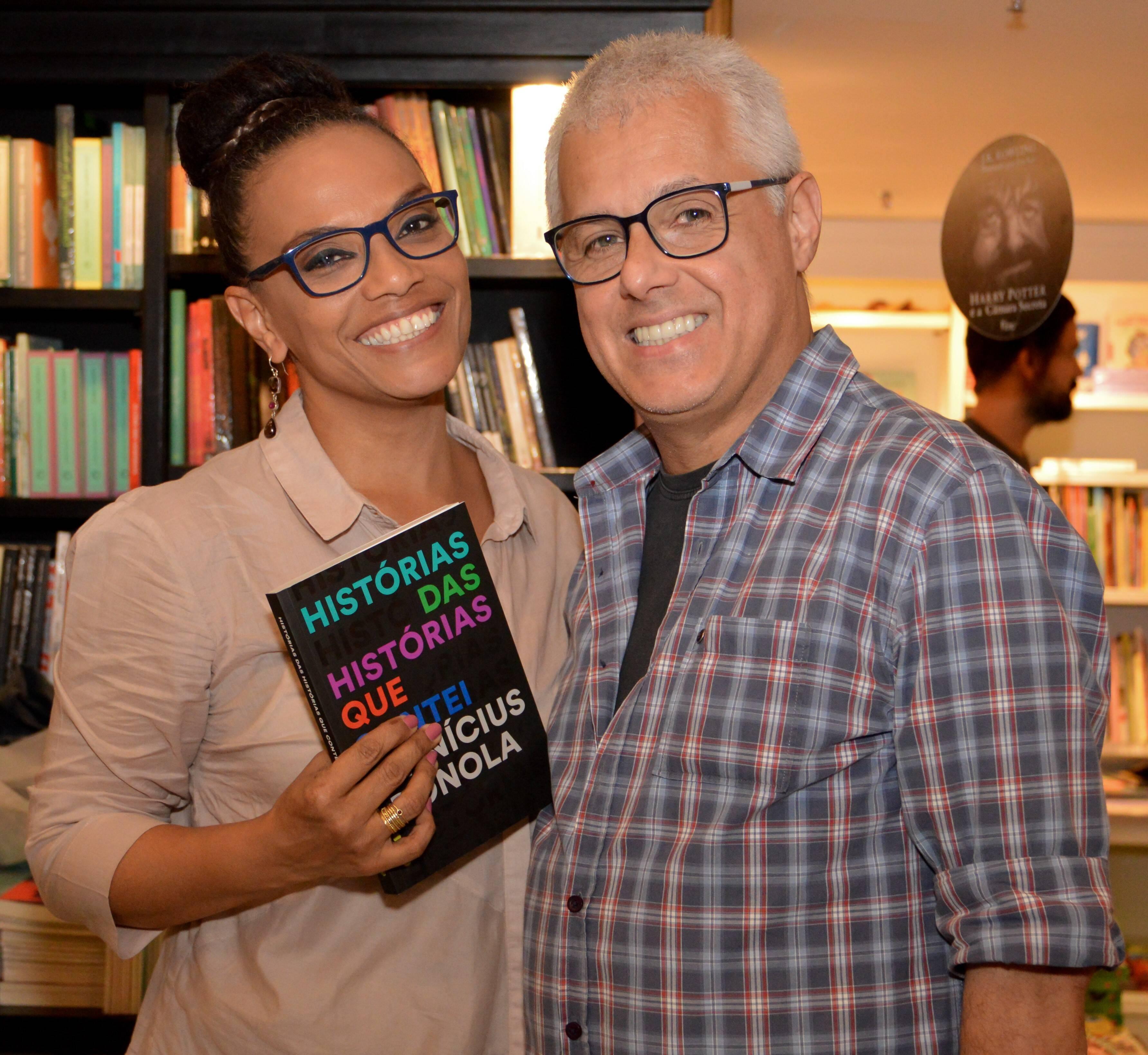 O casal Flávia Oliveira e Aydano Motta /Foto: Rafaela Cassiano - Editora Intrínseca
