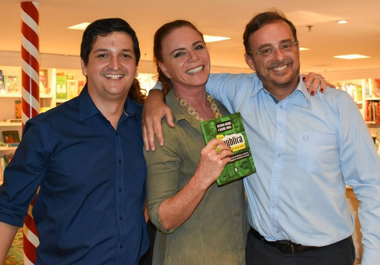 Daniel Sousa, Leilane Neubarth e Octavio Guedes /Foto: Cristina Lacerda