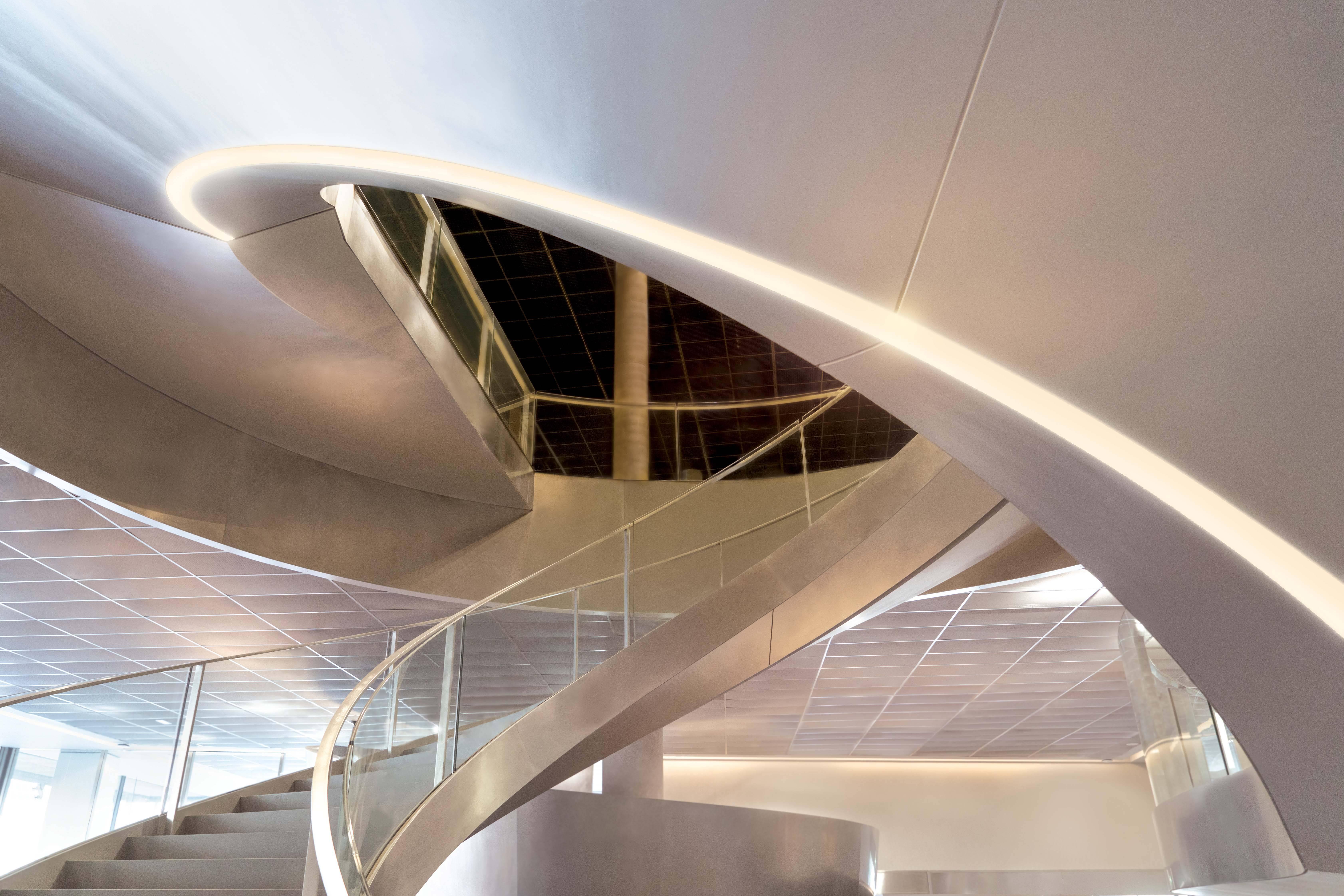 As escadas do museu /Foto: Serge Urvoy