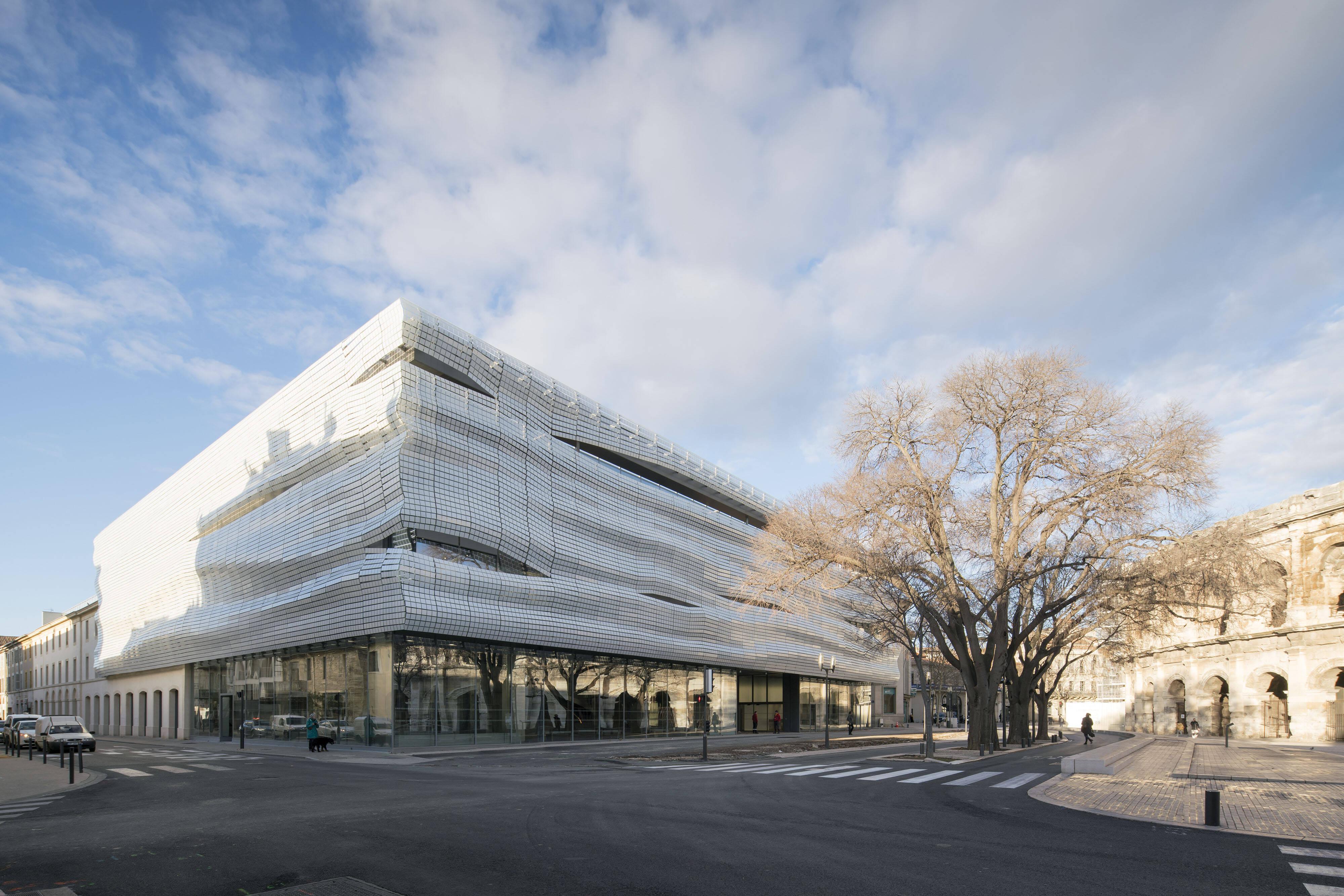 O prédio do Musée de La Romanité, todo em vidro /Foto: Nicolas Borel