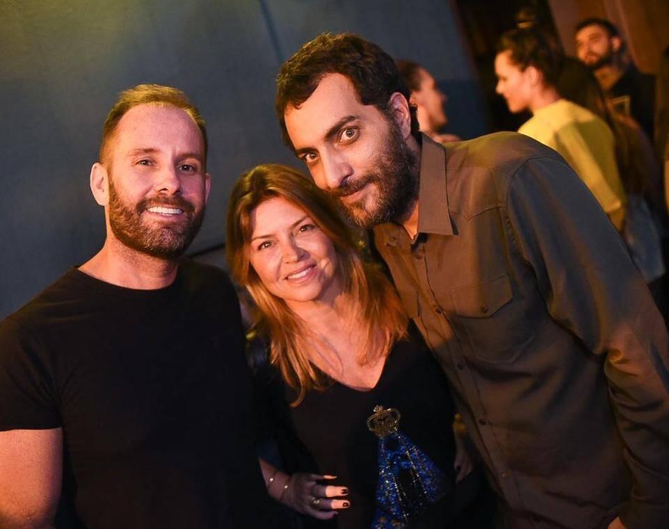 Leo Marçal, Naná Karabachian e Candé Salles / Foto:  Ari Kaye