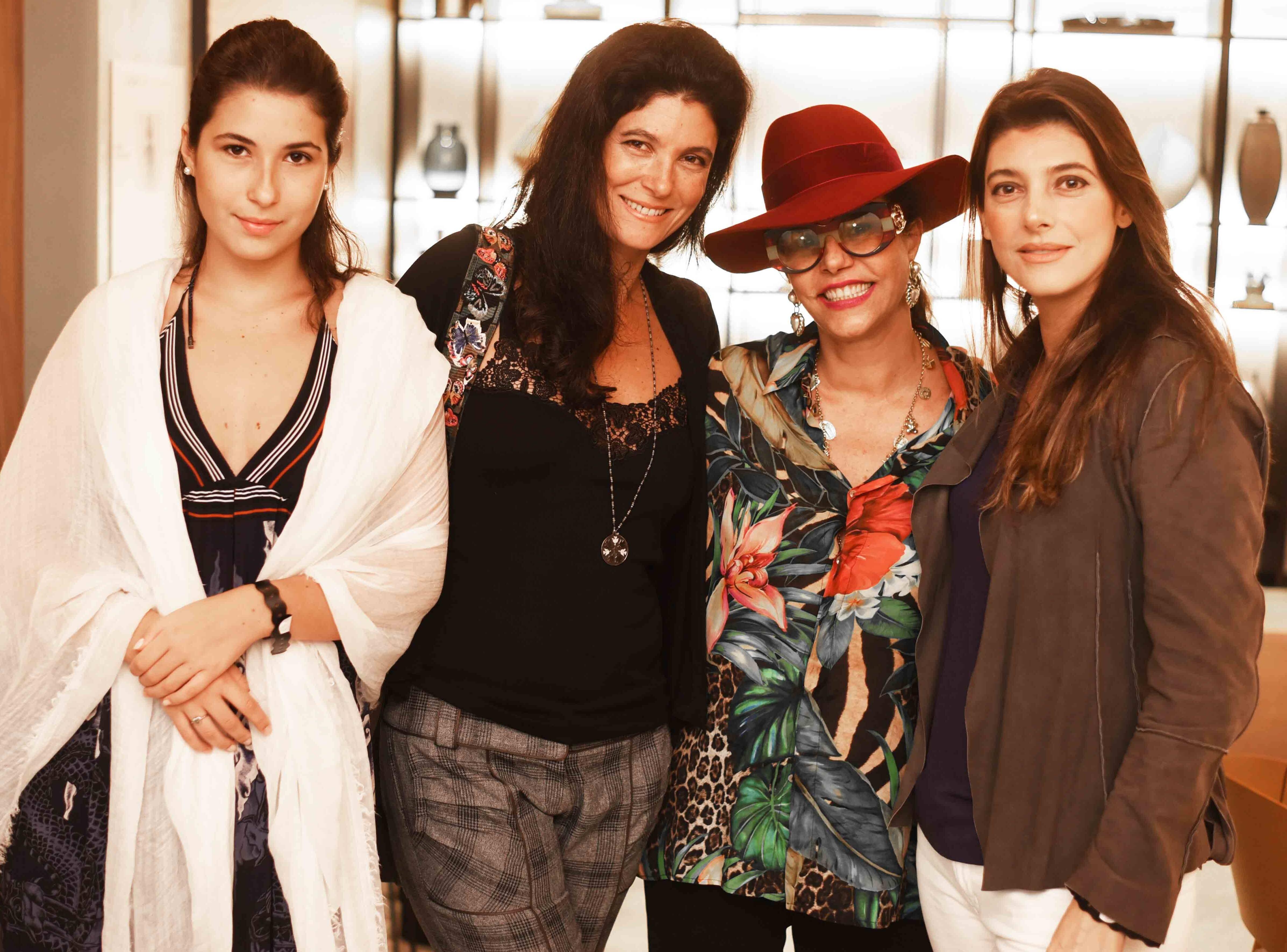 Giulia Frering, Adriana Quattrone, Narcisa Tamborindeguy e Renata Adler /Foto: Ari Kaye