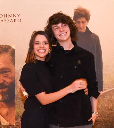 Bruna Linzmeyer e João Prates