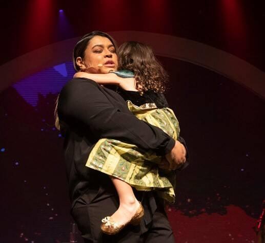 Preta Gil com a neta, Sol de Maria  /Foto: Felipe Panfili
