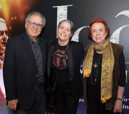 Luiz Carlos, Paula e Lucy Barreto