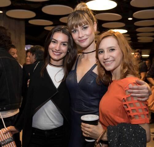 Marina Moschen, Alinne Moraes e Lorena Comparato