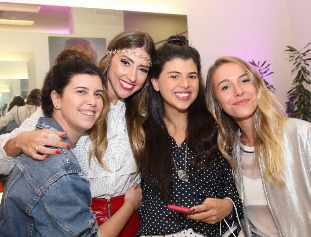 Carolina Koeler, Lu D'Angelo, Manoela Pinto e Maria Pellegrino
