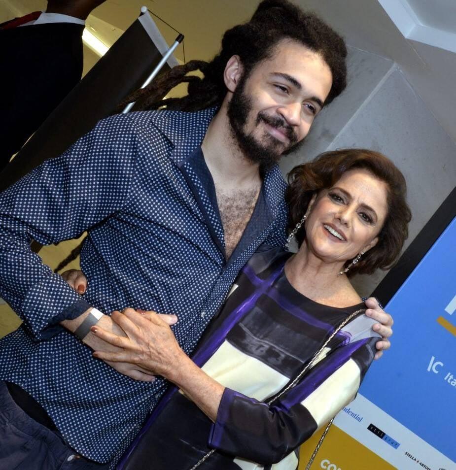 Chico Brown e Marieta Severo  /Foto: Cristina Granato