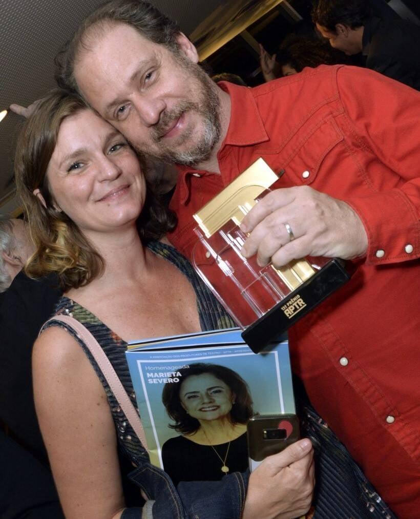 O casal Lucíla Robirosa e Bruce Gomlevsky  /Foto: Cristina Granato