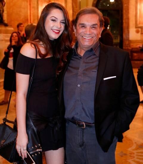 Dedé com a filha Yasmin Santana