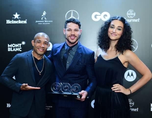 José Aldo, José Loreto e Débora Nascimento