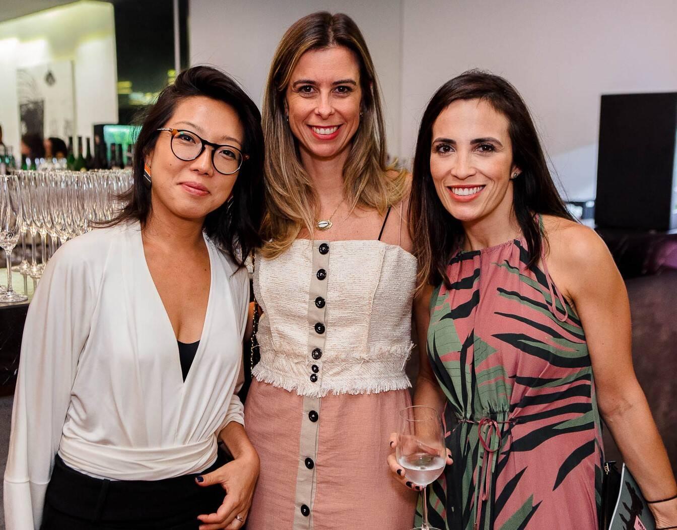 Gisele Sakamoto, Veronica Gordilho e Viviane Farinelli  /Foto: Bruno Ryfer