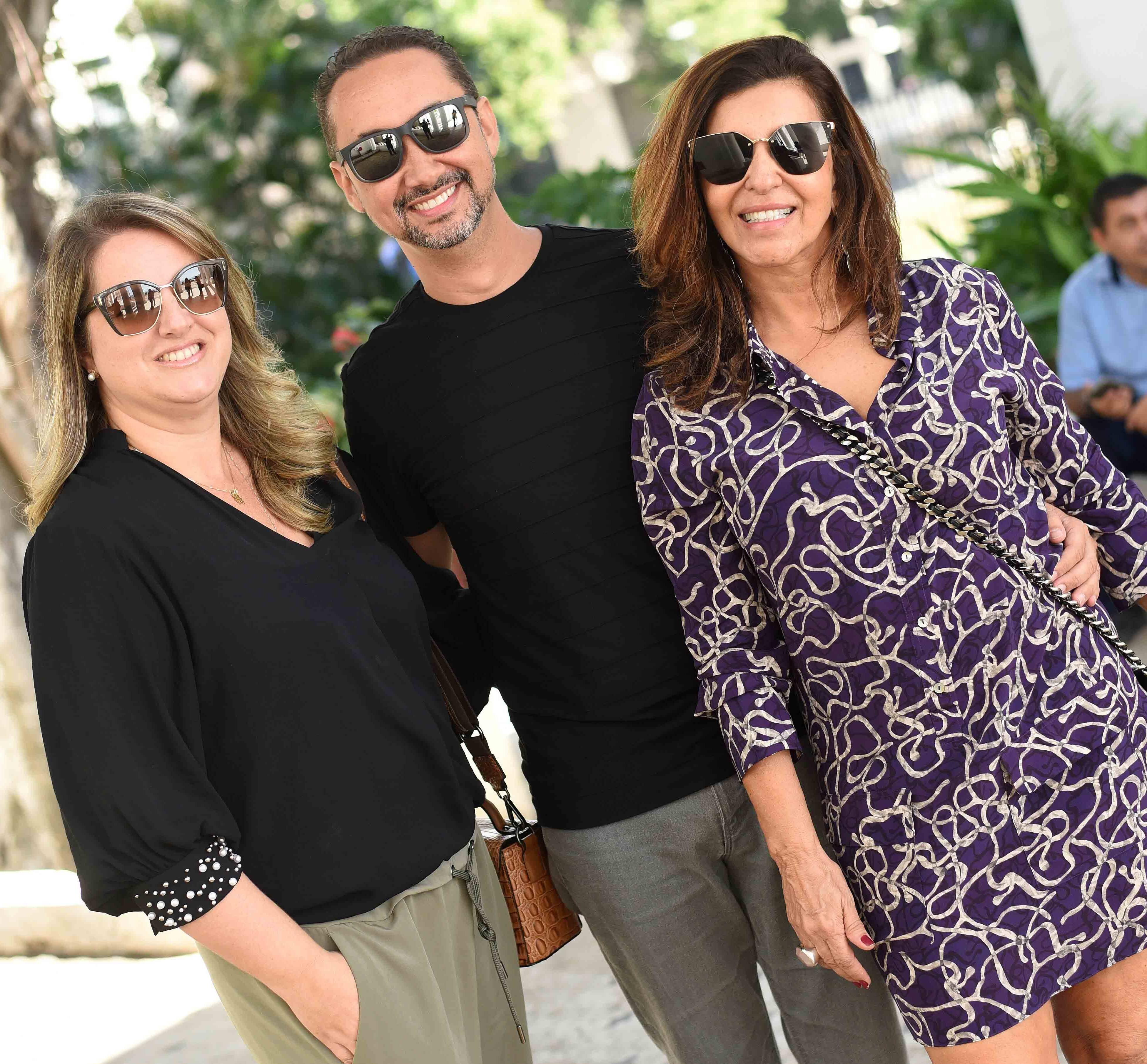 Ana Cano, Emerson Araujo e Lenora Lohrisch /Foto: Ari Kaye