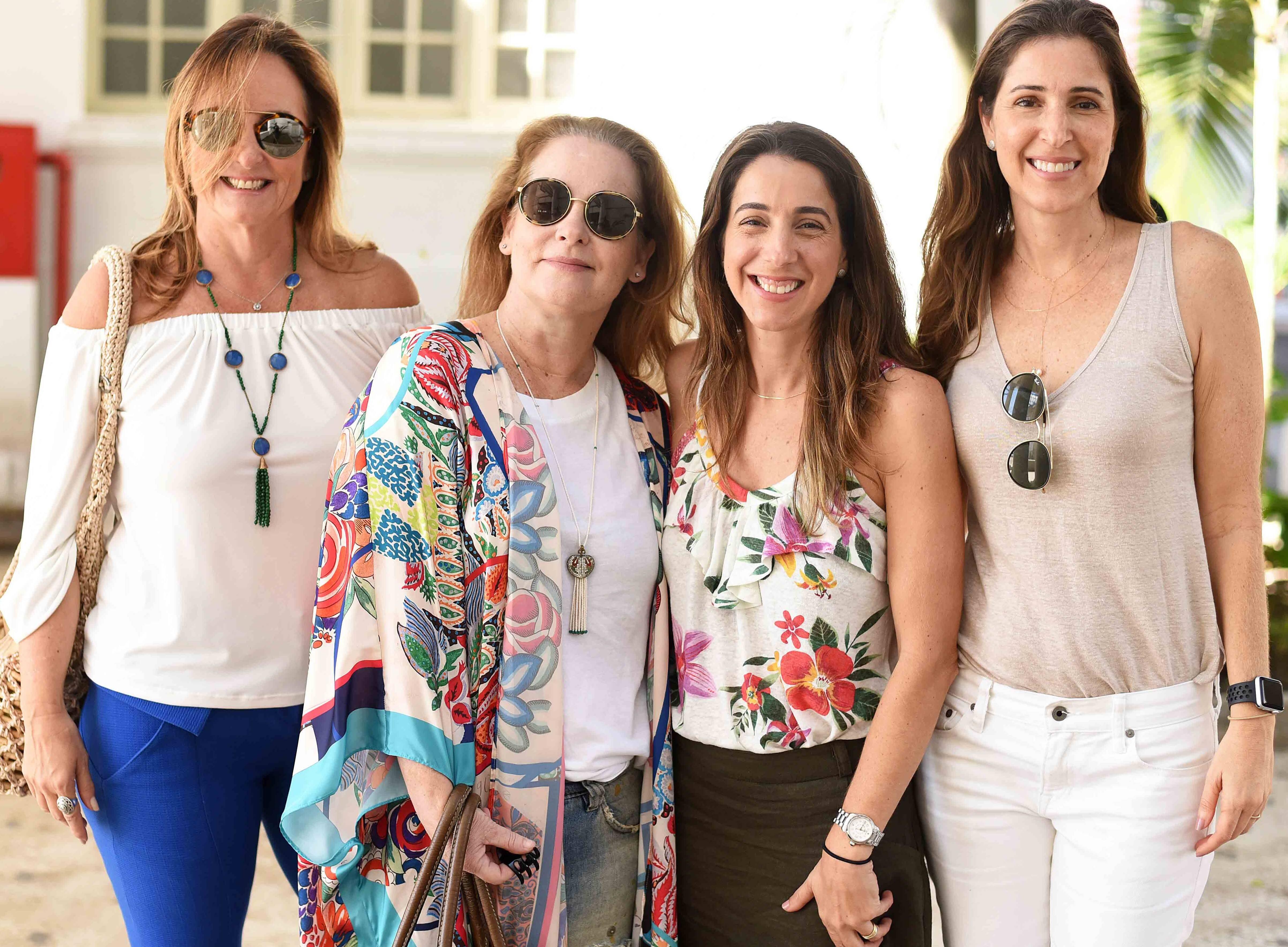 Tiana Meggiolaro, Bia Mayrinck, Rafaella de Brito e Isabella de Brito /Foto: Ari Kaye