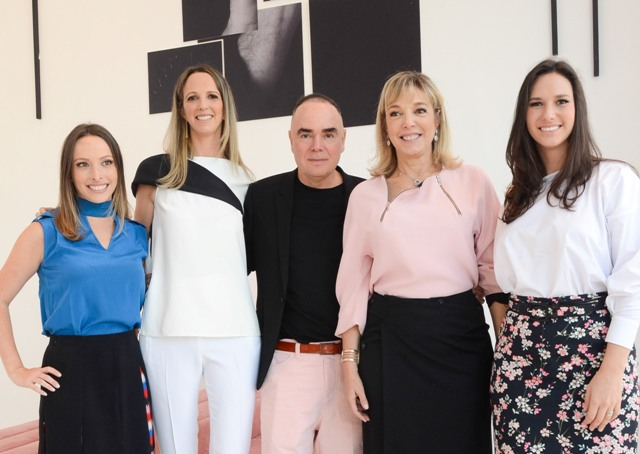 Giselle Rivkind, Fabiana Feferbaum, Reinaldo Lourenço com Anette e Natalie Rivkind