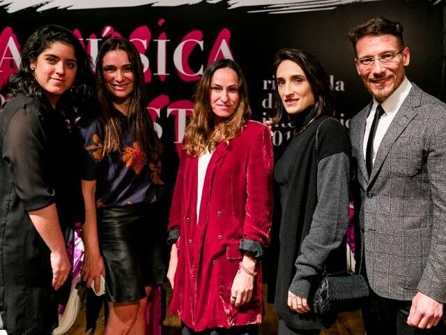 Carol Roquete, Adriana Bozon, Karina Mondini, Maria Prata e Roberto Meirelles