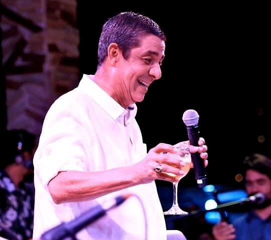 Zeca Pagodinho no palco
