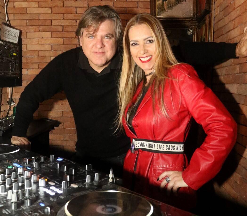 DJ Dudu Garcia e DJ Dri Carvalho/Foto: Reginaldo Teixeira