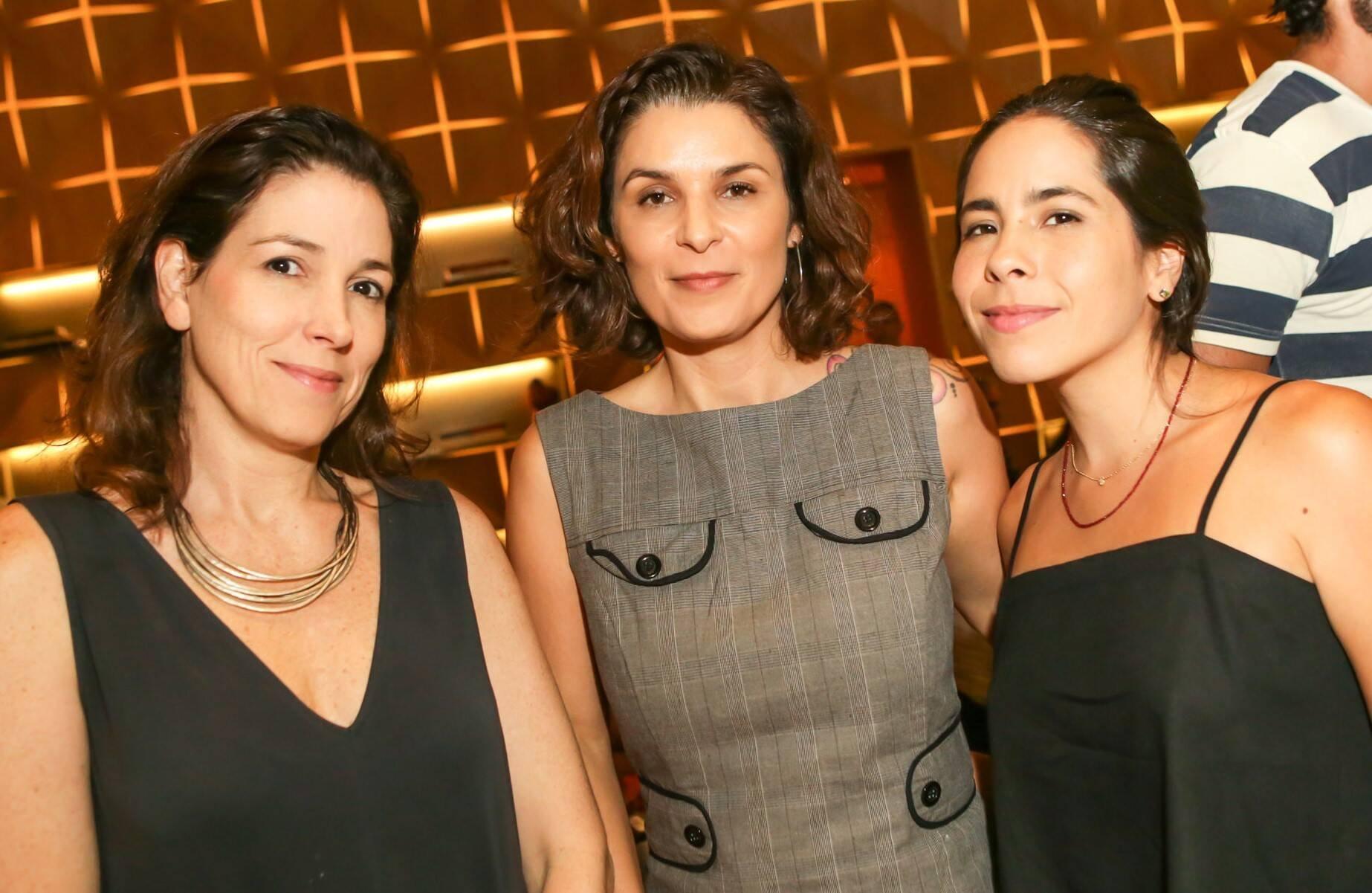 Leticia Provedel, Jeane Terra e Gabriela Rocha  /Foto: Gianne Carvalho