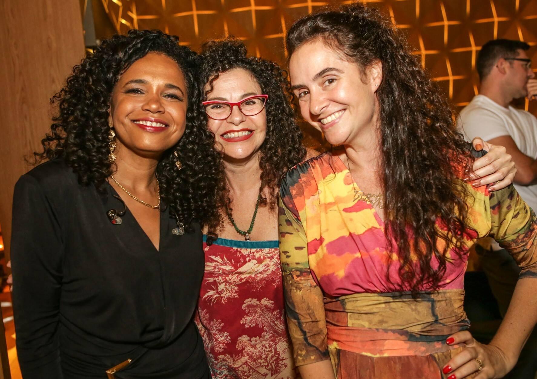Teresa Cristina, Yara Figueiredo e Alessa  /Foto: Gianne Carvalho