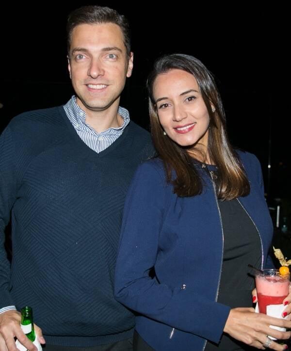 Rodrigo Rodrigues e Roberta Almeida