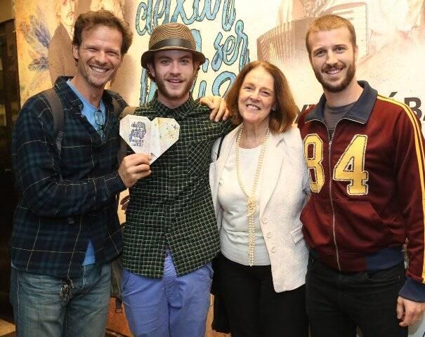 Carlos, Vitor, Norma e Miguel Thiré