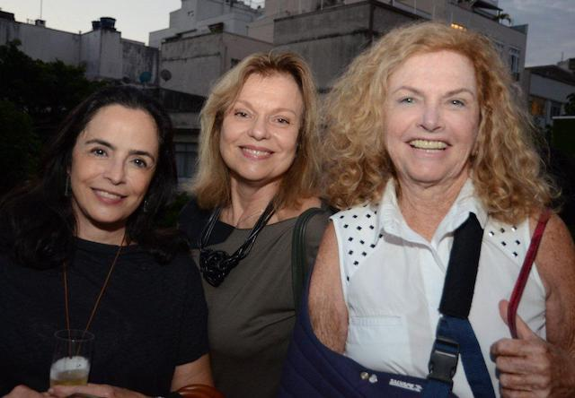 Andrea Brown, Laura Burnier e Ira Etz