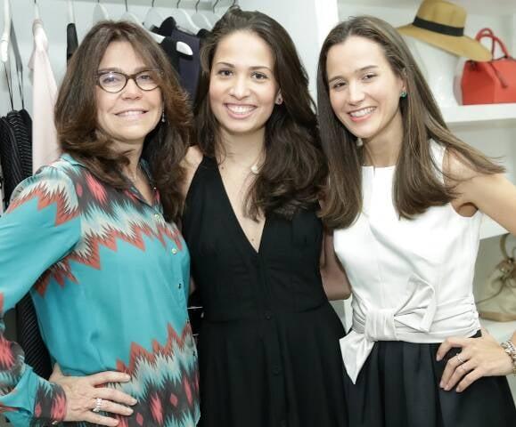 Andrea e Joana Nolasco com a amiga Anna Paula Joffe