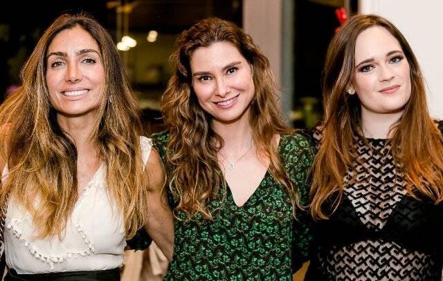 Andréa Santa Rosa, Lavínia Vlasak e Vicky Gentil