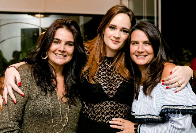 Katia Amon, Vicky Gentil e Fernanda Chies