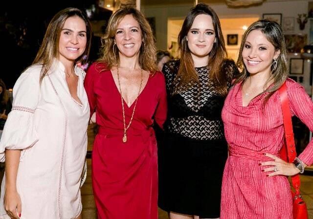 Luciana Branco, Paula Magalhães, Vicky Gentil e Alessandra Amaral