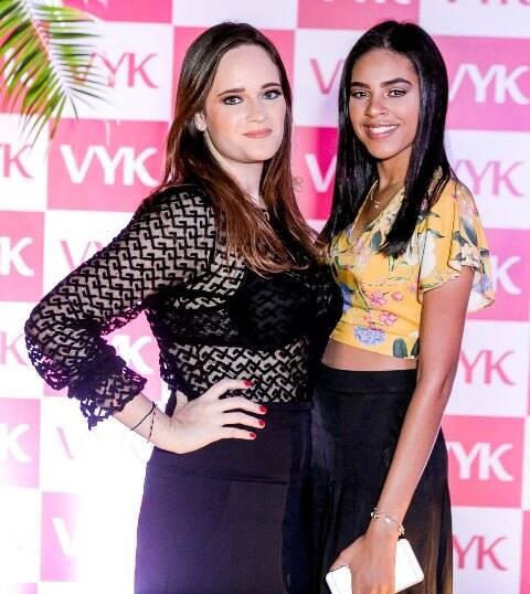 Vicky Gentil e Julia Peres