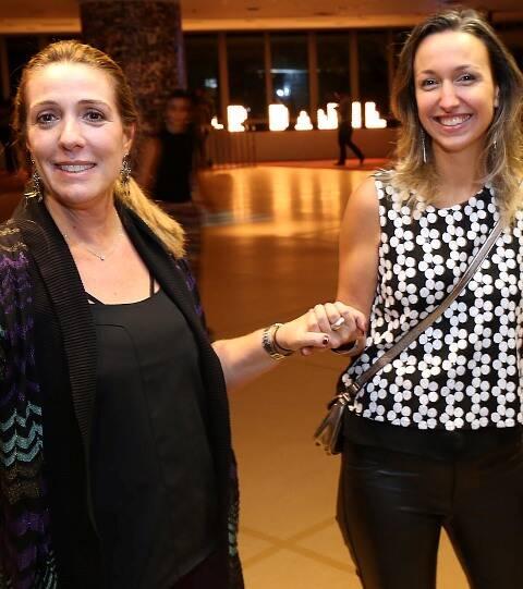 Kiki Gouvea e Carla Rosas