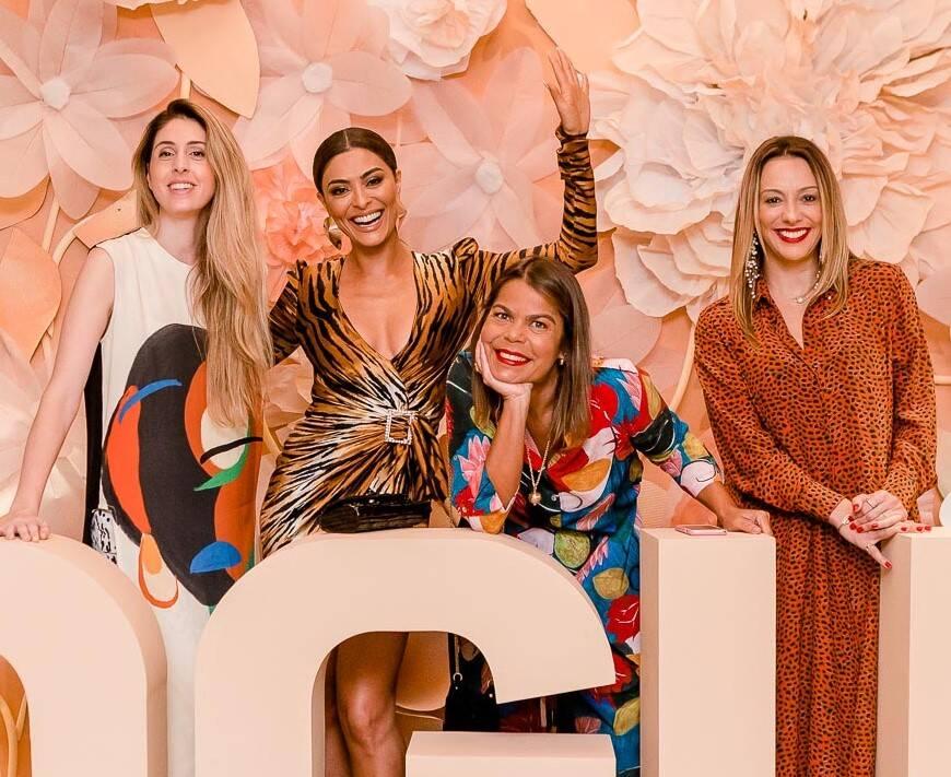 Daniela Falcão, Juliana Paes, Paula Merlo e Camila Garcia /Foto: Bruno Ryfer
