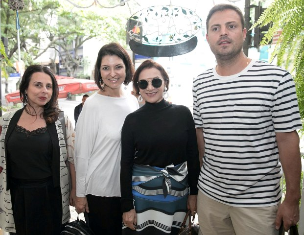 Helen Pomposelli, Bel Augusta, Sueli Bombieri e Charles Pírio