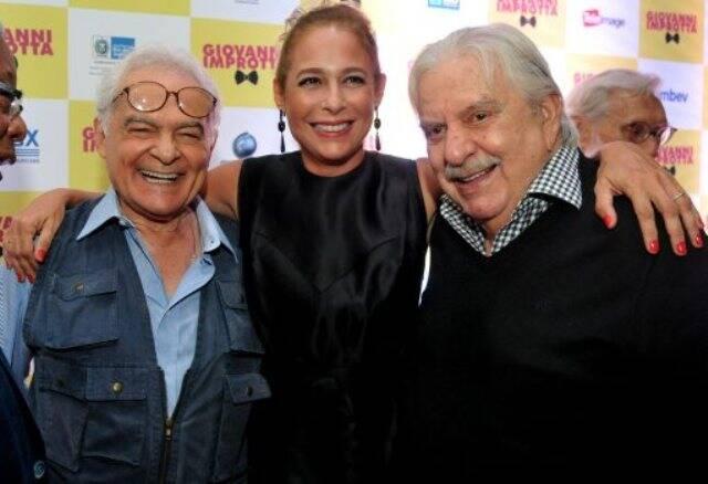 Hugo Carvana com Othon Bastos e Andrea Beltrão em uma de suas últimas aparições, por ocasião do lançamento do filme Giovanni Improtta, do qual participou / Foto: Cristina Granato