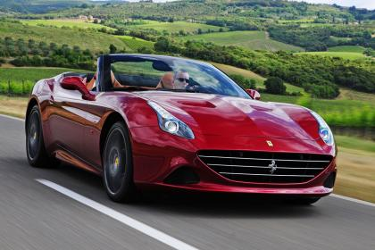 Ferrari: nesta quarta-feira (19/11), 50 convidados vão poder dar uma volta no modelo Califórnia T, à venda no Rio