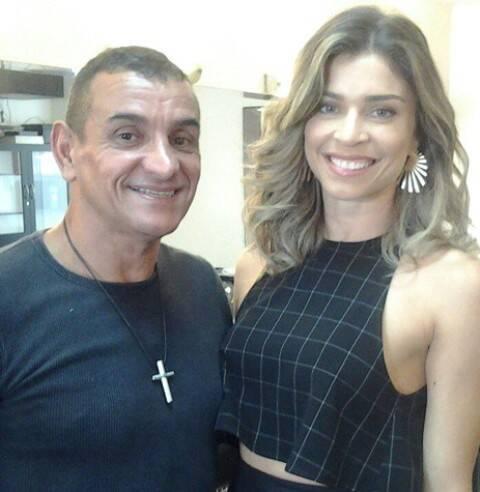 Silvio Rocha e Grazi Massafera: o maquiador do salão Maison Vitalícia (Nascimento Silva, esquina de Aníbal) em Ipanema, participa do Superbonita, no canal GNT / Foto: divulgação