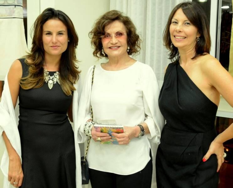 Em cima, à esquerda, Cynthia Howlett; ao lado, Vera Holtz e Analu Prestes; Maíra Lydia e Nathalia Lugon; e, embaixo, Úrsula Corona, Rosamaria Murtinho e Cris Fernandes/ Fotos: Ana Colla